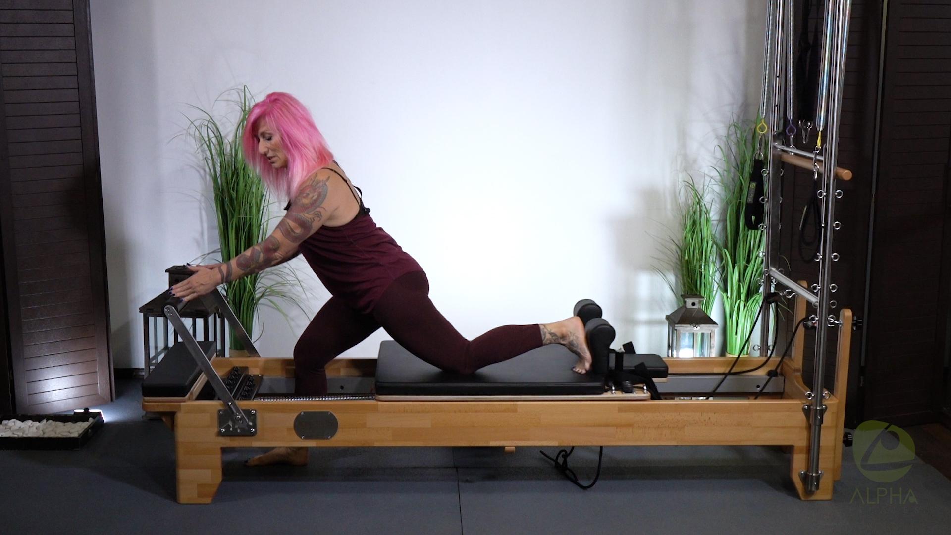lunges alpha pilates